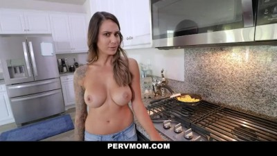 Stepmom Lets me Cum inside her