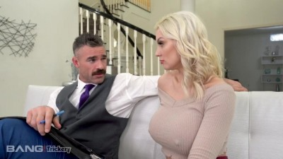 Blonde Golddigger Fucks the Divorce Lawyer