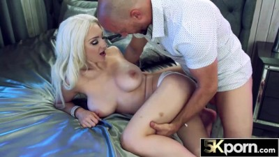 Busty Skylar Vox Bounces her Massive Tits for Creampies