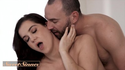 Stunning Babe Casey Warner Fools around with Stirling Cooper Big Dick