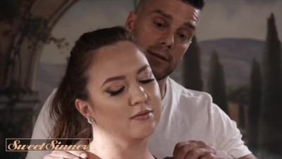 Maddy O'Reilly Release her Tension by getting Fucked on a Massage Table