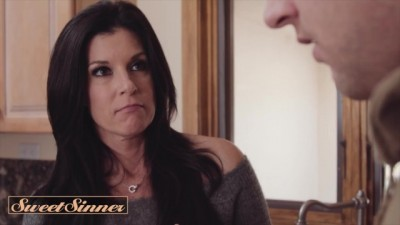 Fucking my Gfs Hot MILF Mom India Summer
