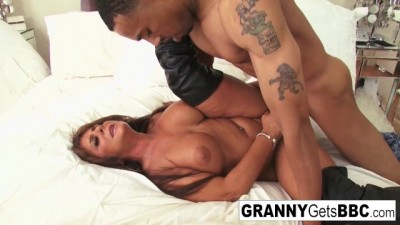 Sexy Grannies get Big Black Dicks