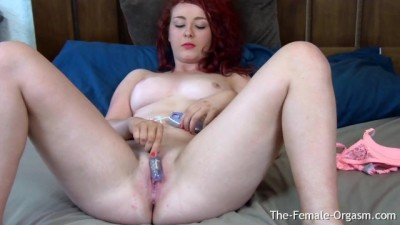 Curvy British Babe Masturbates her Wet Pussy to Strong Orgasm Contractions